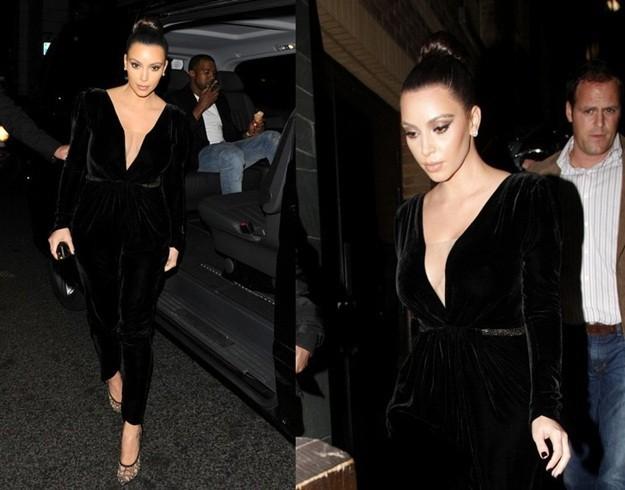 kim-kardashian-look-con-mono-de-terciopelo-negro